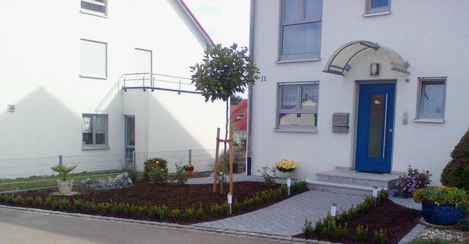 Terrasse-Vorgarten04.jpg