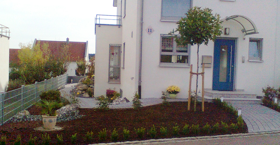 Terrasse-Vorgarten05.jpg
