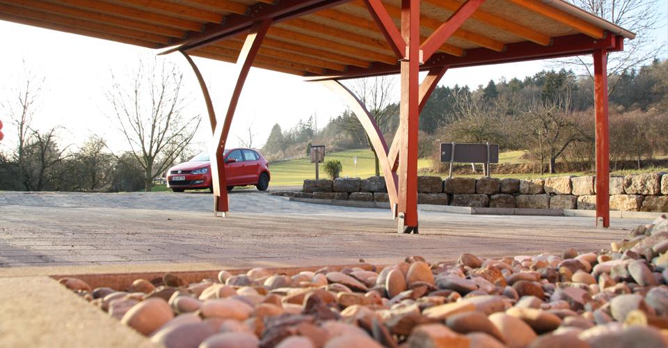 Carport mit festem Holz- / Blechdach